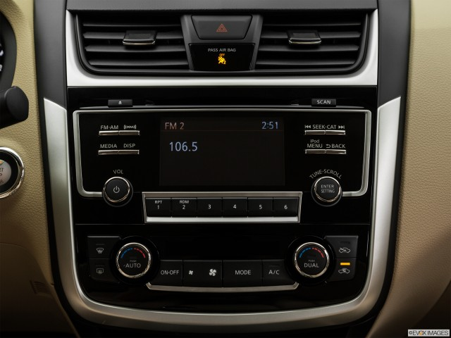 Closeup of radio head unit