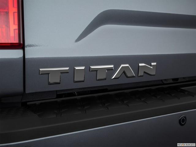 Rear model badge/emblem