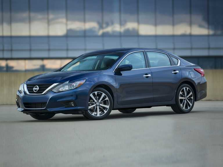2018 Nissan Altima 4dr Sedan 2.5 S 1300-OEM Exterior 3/4 Front Left-Facing Primary
