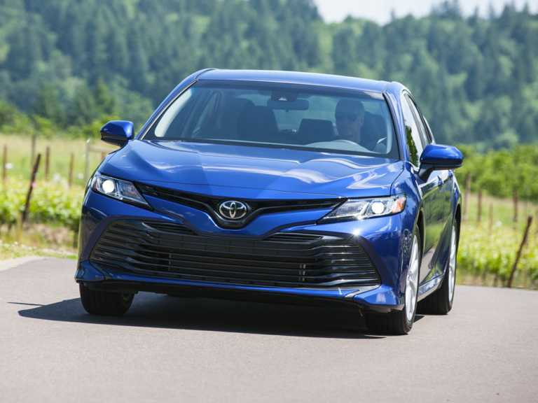 2018 Toyota Camry 4dr Sedan LE 1303-OEM Exterior Front